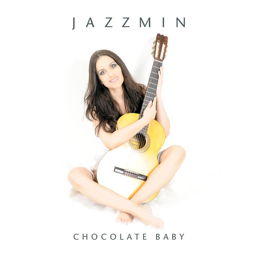 Jazzmin CD Cover - Jasmin Schmid mit Gitarre